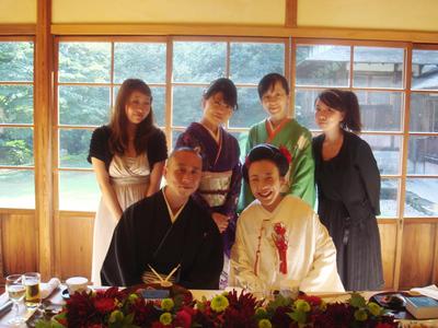 1010順子さん結婚式スタッフと.jpg